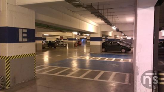 Imagine 1 cu parcarea subterana de la Iulius Mall